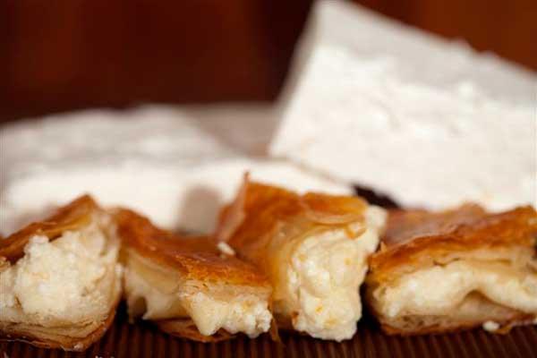 bougatsa2 cheeselovers