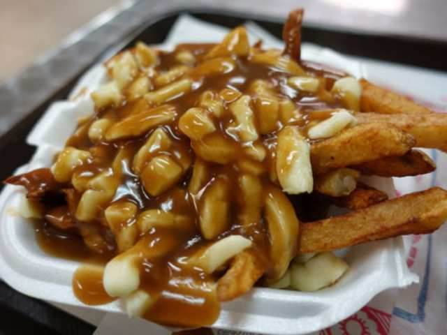 poutine cheeselovers