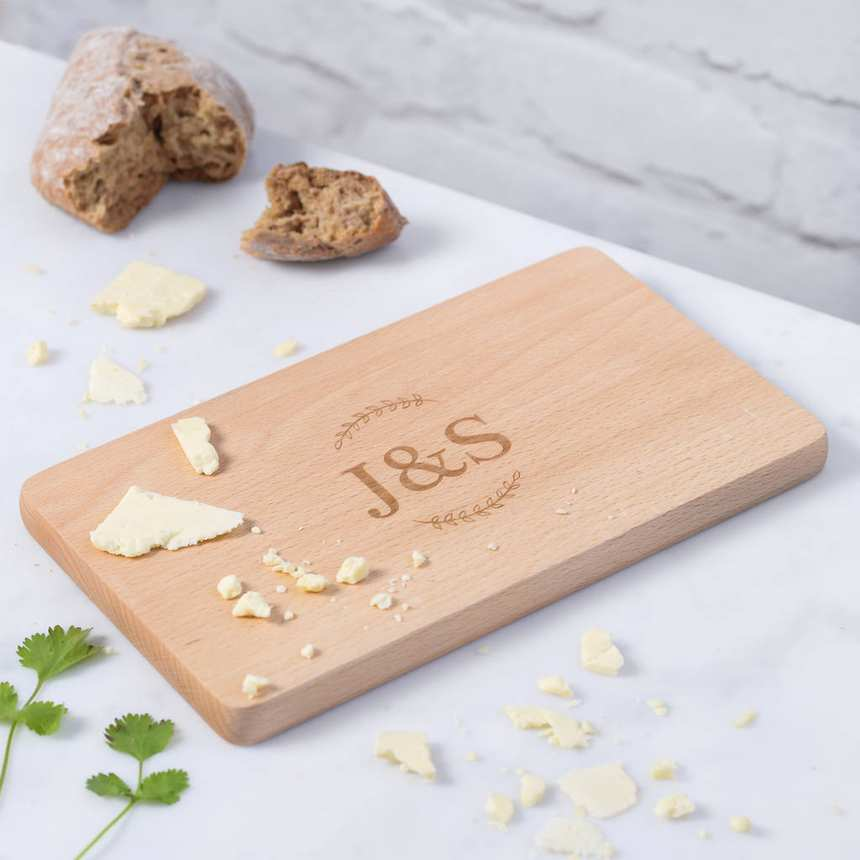 cheeselovers personalised wooden couples initial cheese board2