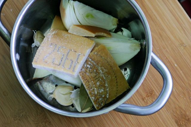 why you should always save parmesan rinds.w1456 1